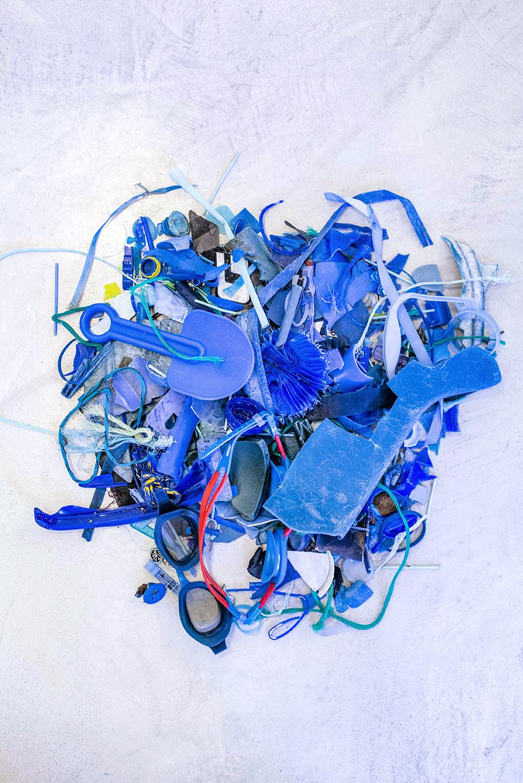Blue-plastic ©XabierAldazabal-Panthalassa