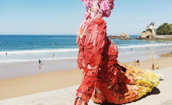 Rebecca Kudela-Panthalassa-plastic-family-woman-biarritz