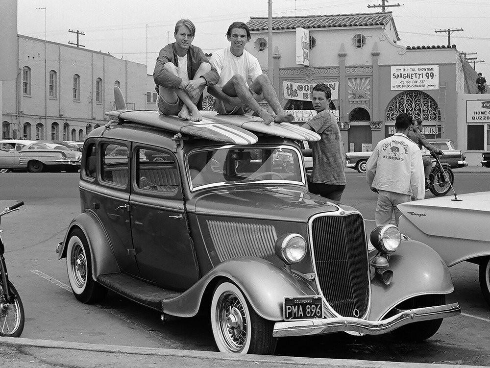 LeroyGrannis-Panthalassa-surfers-car